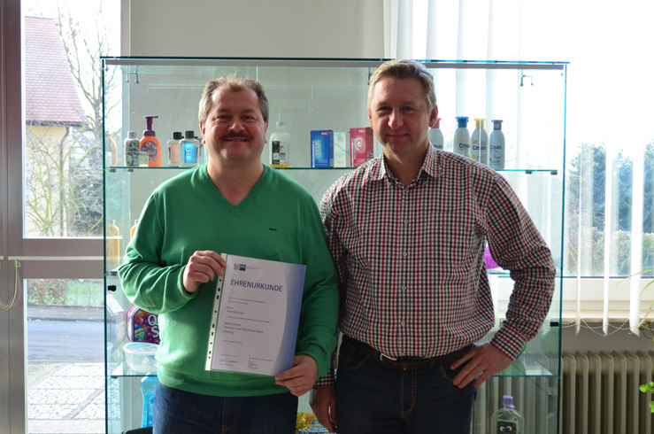 Firma Römer ehrt Peter Schneider